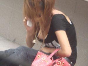 街中で遭遇したら前屈み不可避www巨乳の癖になんちゅー服着てんだよwww